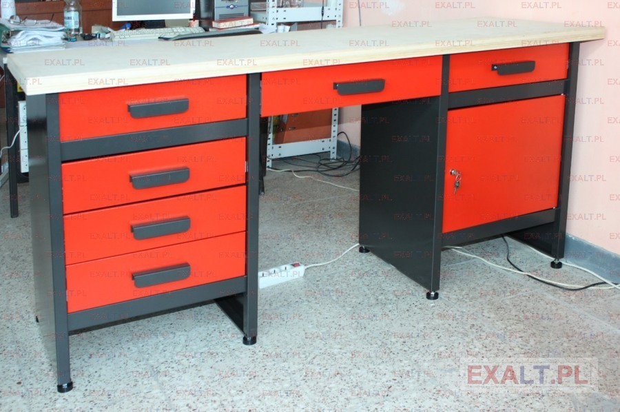 uniwersalne biurko do warsztatu samochodowego